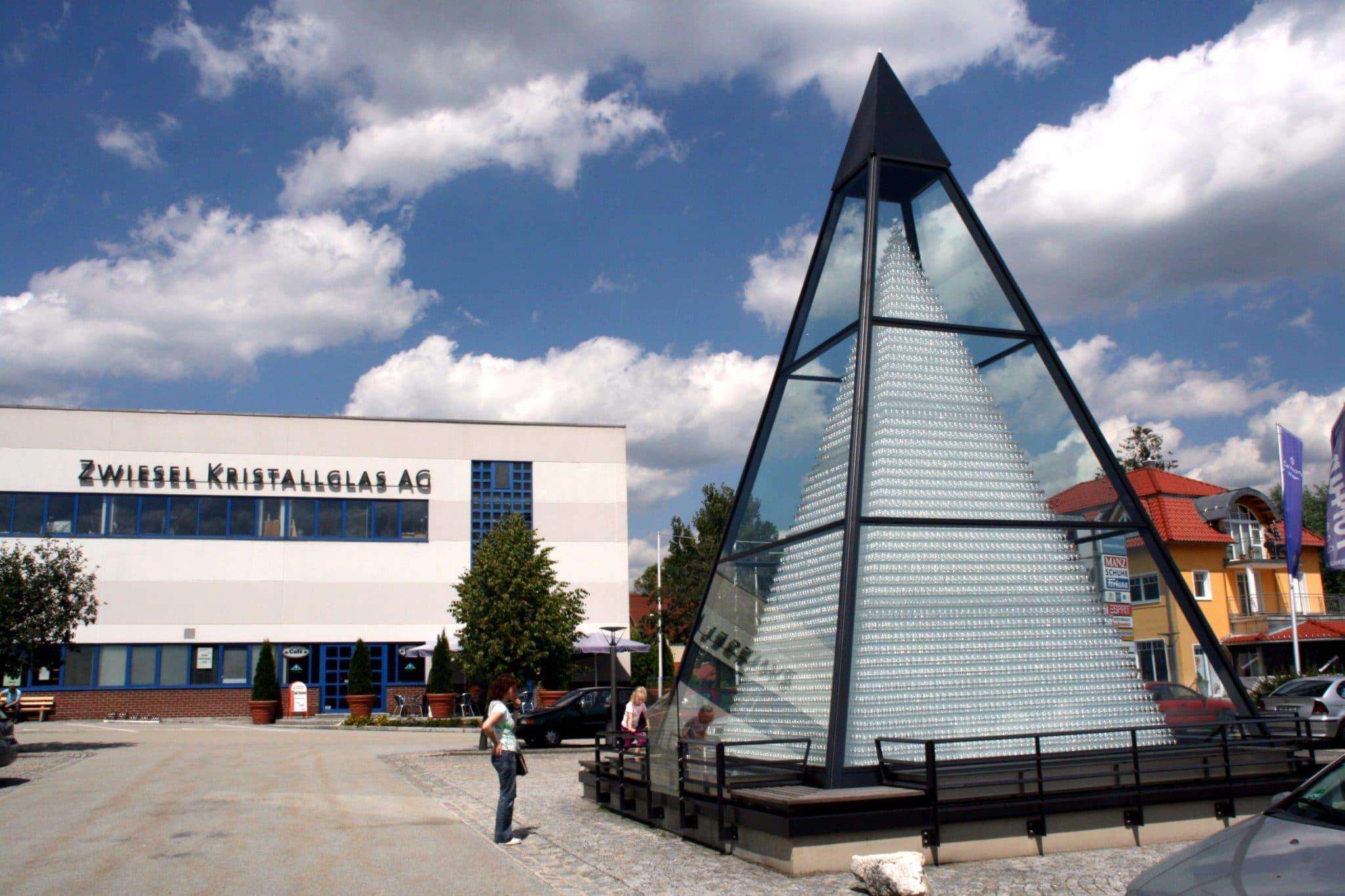 Zwiesel-Kristallglas-Glaspyramide-Bayerischen Wald_Fotograf_Stephan_Moder_TVO