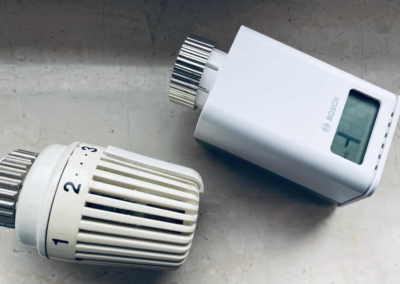 Thermostat Alt und Smart