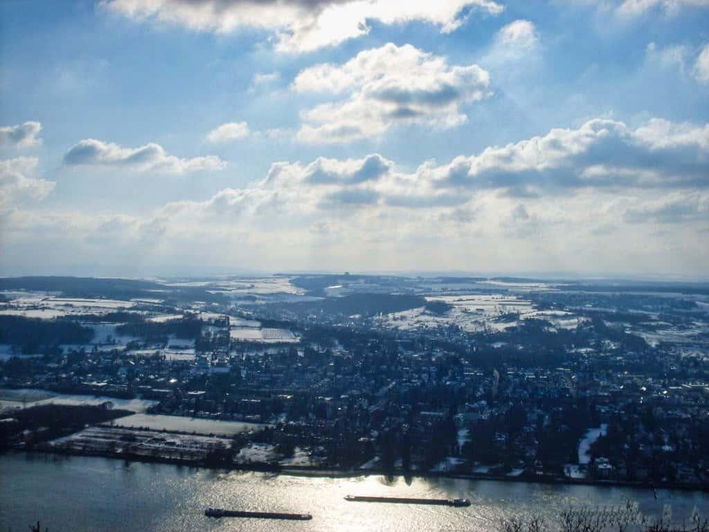 Blick vom Drachenfels im Winter